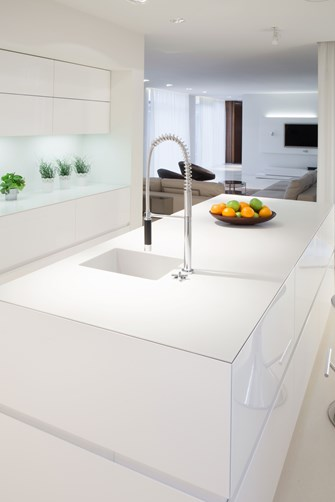 Glass Benchtops white in kitchen by Metro Glass