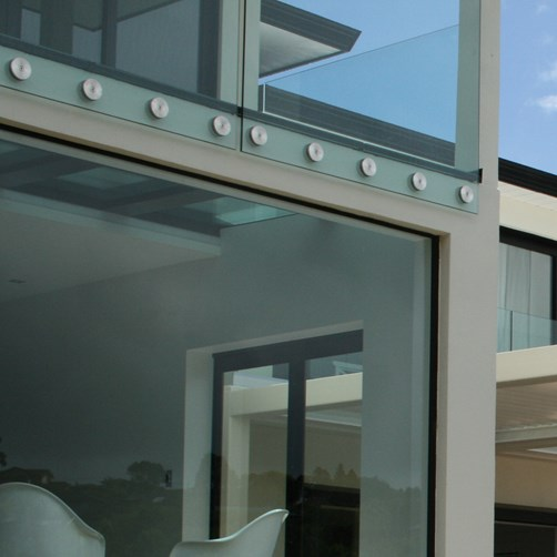 Metro Performance Glass exterior balustrade - MB100.png